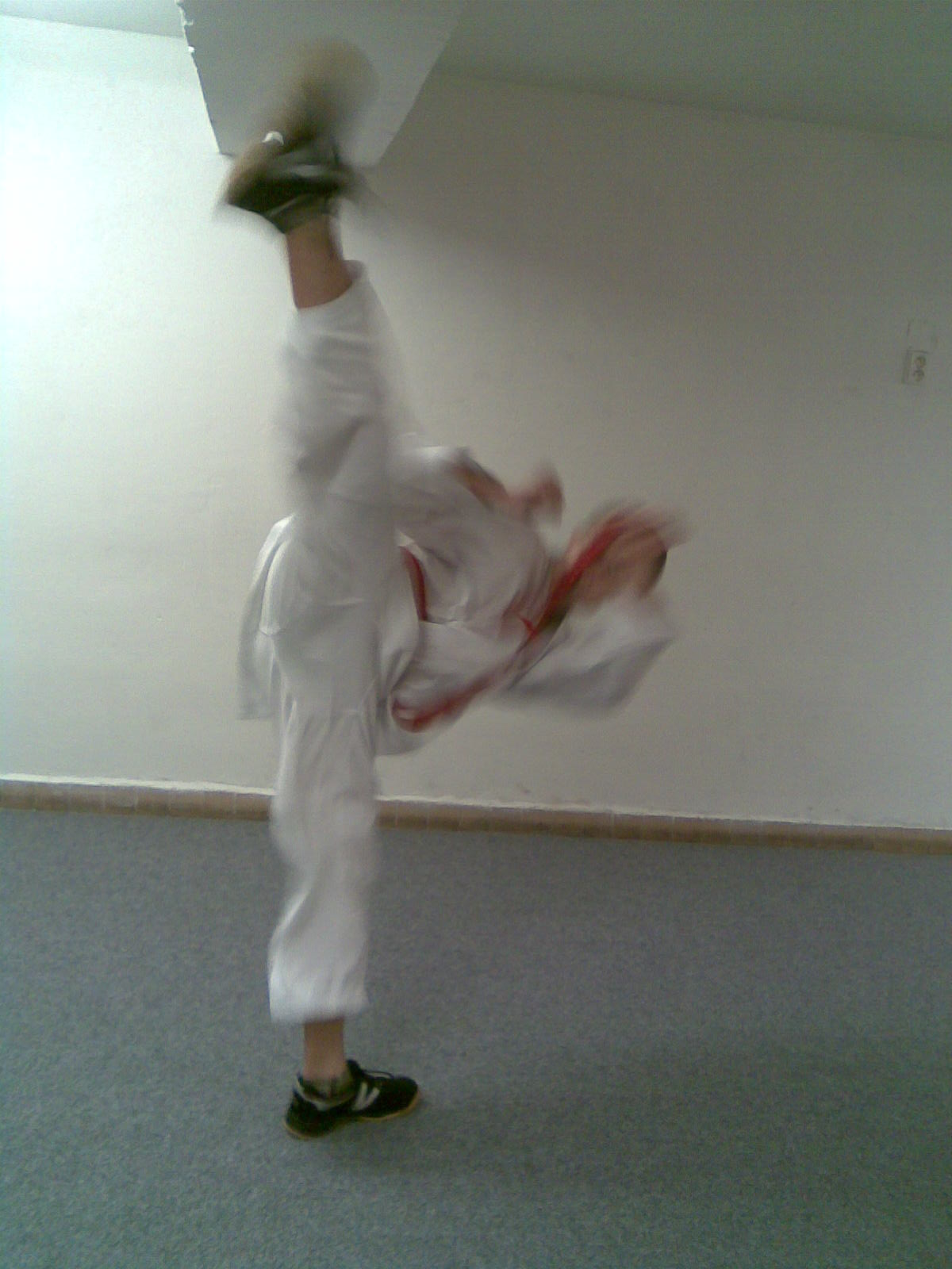 Trénink kopů v Karate Lions Pardubice